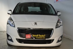 PEUGEOT 5008 BlueHDi 120 EAT6 S&S Active